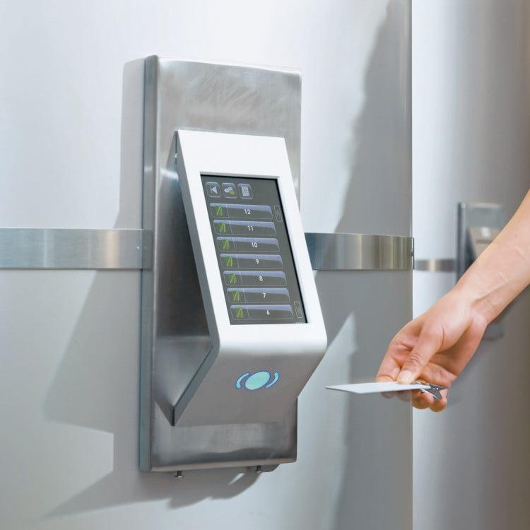 Система контролю доступа ліфта